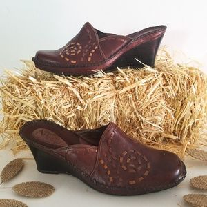 Clark's brown Artisian leather wedge mule shoe 7